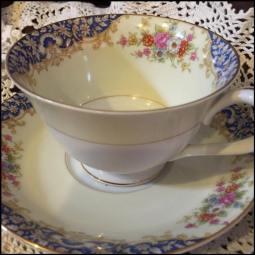 Ivory Blue Rim Teacup