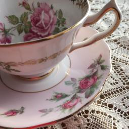 Pink love rose teacup
